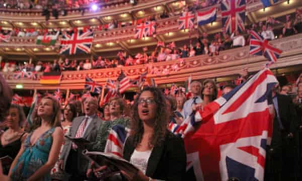 Crowd with Union flags